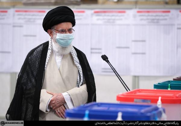رهبر انقلاب رای خود را به صندوق انتخابات 1400 انداختند