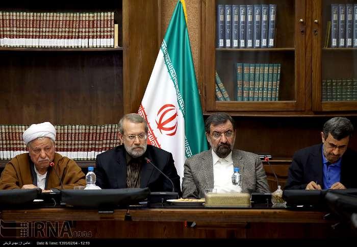 هاشمی، لاریجانی، رضایی و احمدی نژاد در یک قاب