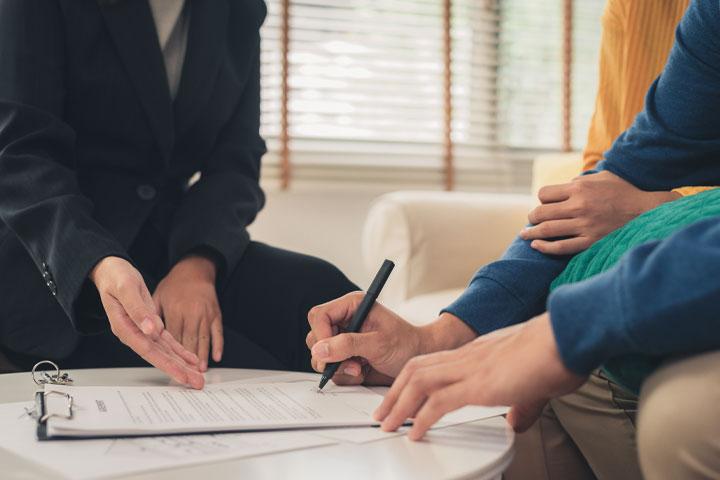۶ روش تاثیر گذار برای مشاورین املاک که باعث ایجاد ارتباط سریع و موثر آن ها با مشتری می شود