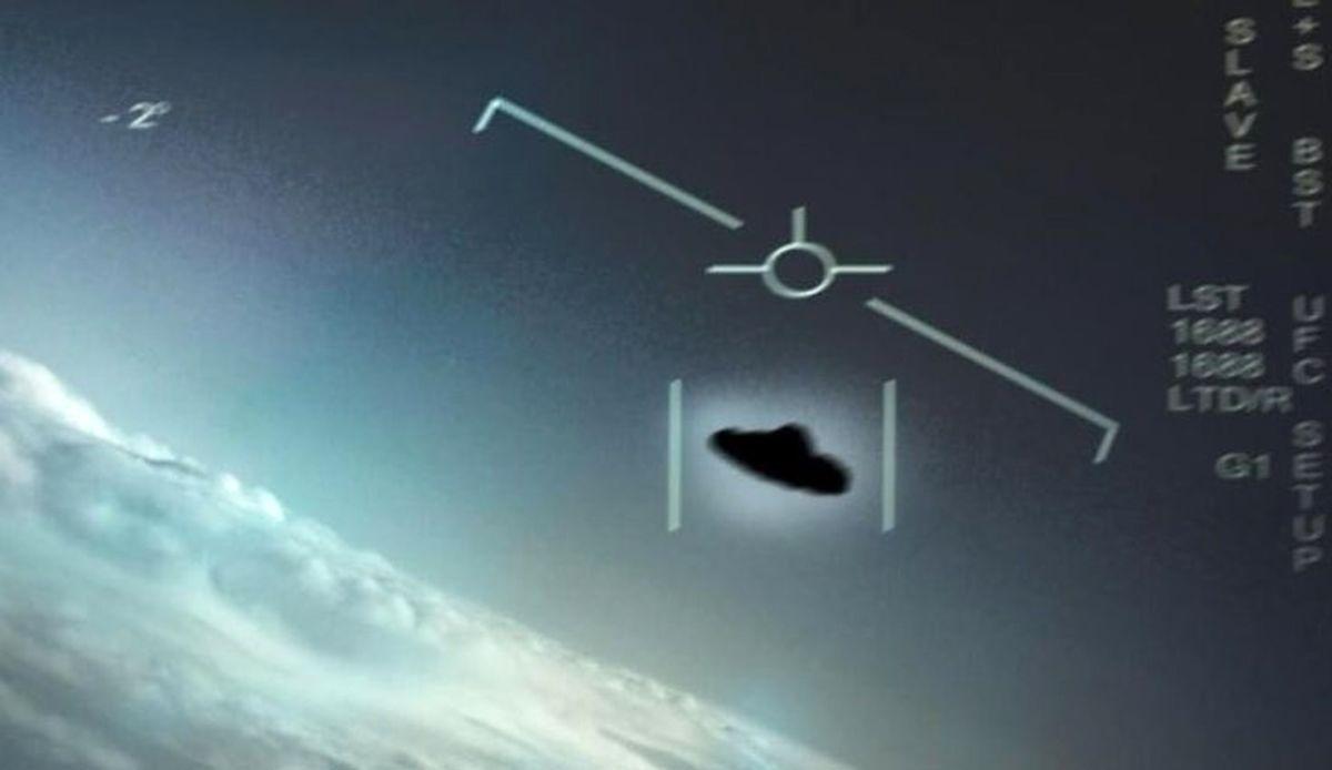 پنتاگون پرواز اشیاء پرنده مجهول در آسمان آمریکا را تایید کرد