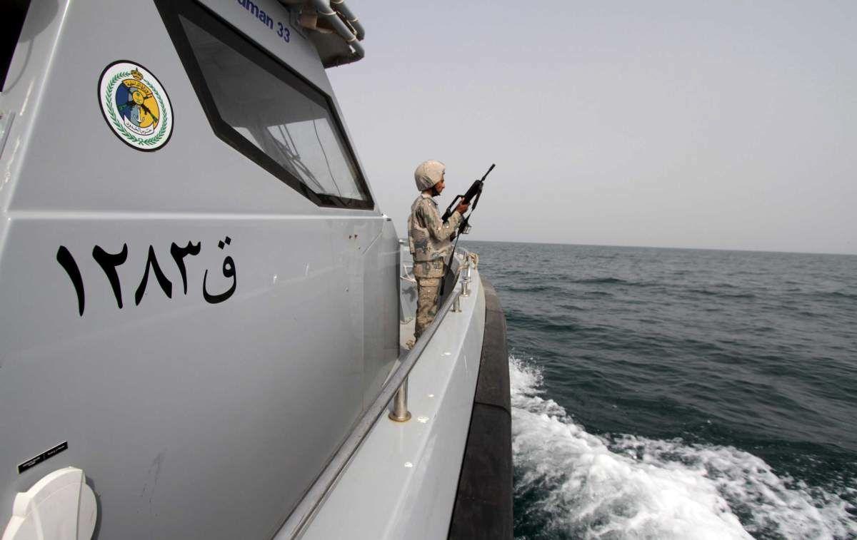 تایم: ایران با فرستادن کشتی به یمن، آمریکا و عربستان را به چالش کشید/ مسافران کشتی ایرانی از درگیری احتمالی نگرانی ندارند