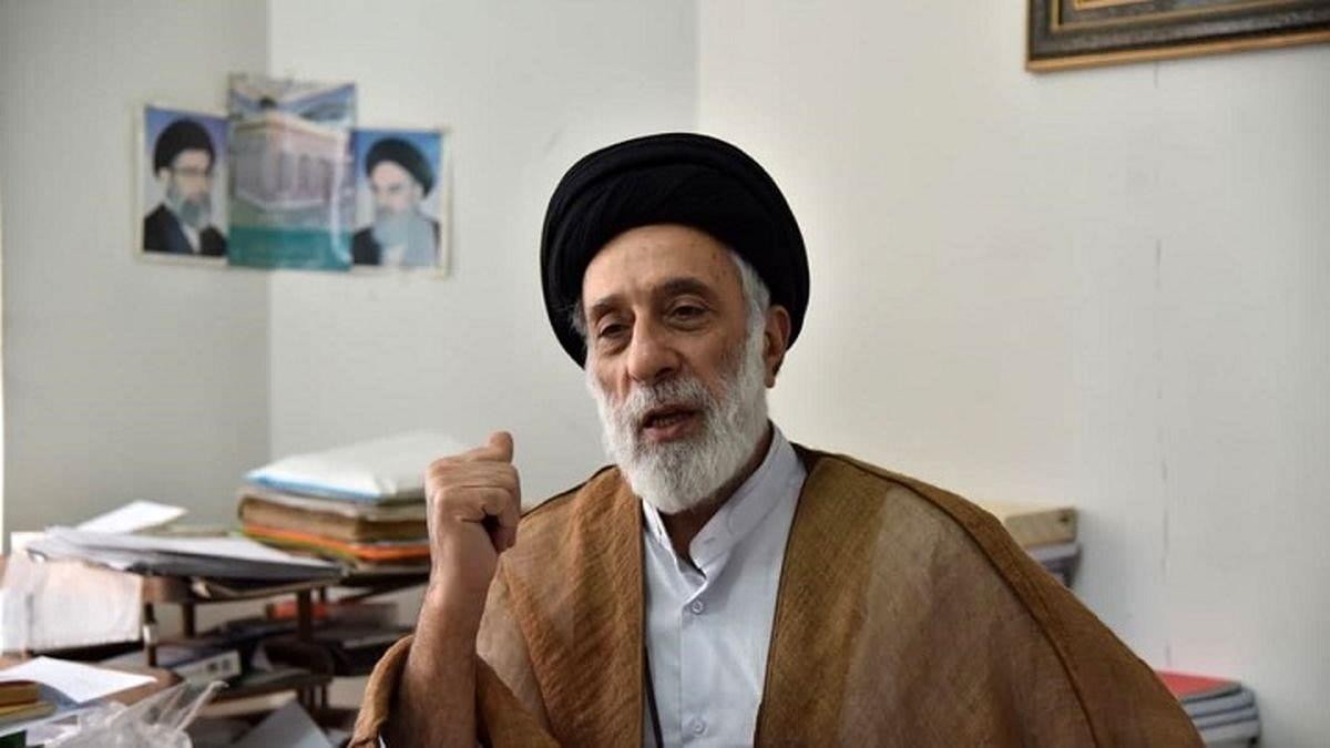 انتقاد خامنهای: مقدار موی یک دختر خانم مهمتر است یا گرسنگی او ؟
