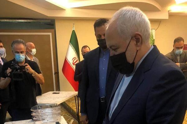 ظریف:شرمنده مردم هستم و عذرخواهی میکنم