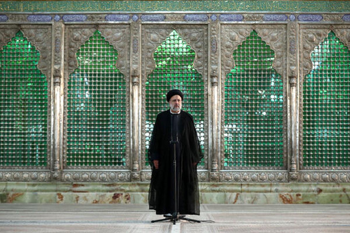 تجدید میثاق رئیسی و کابینه جدید با آرمانهای امام (ره)