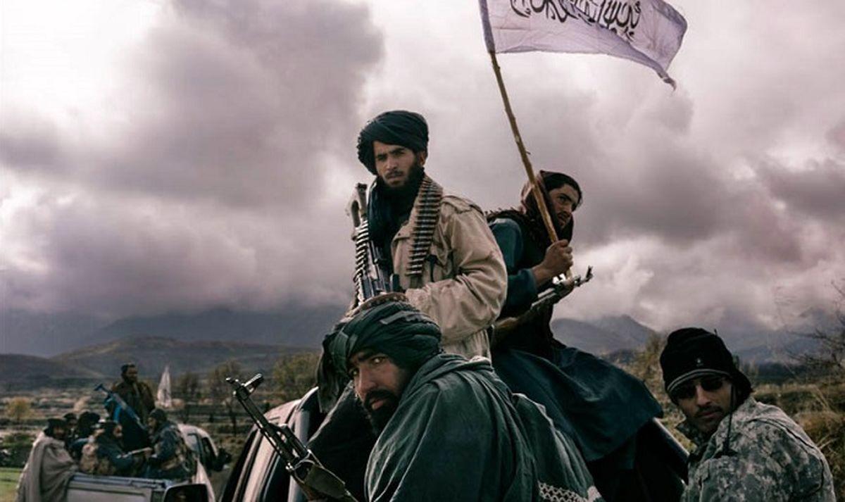 آماده باش پاکستان/ پرچم طالبان به اهتزار درآمد