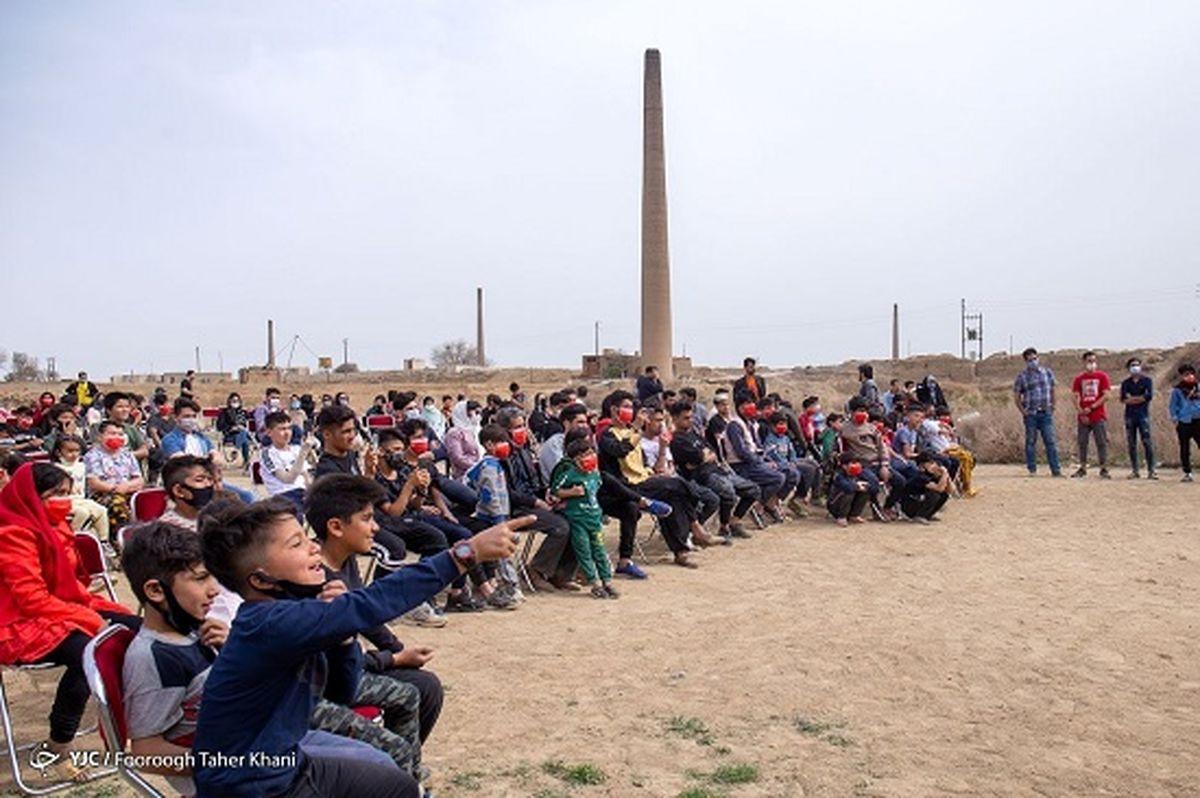 تصاویر زیبا از جشن نوروزی در کوره آجرپزی