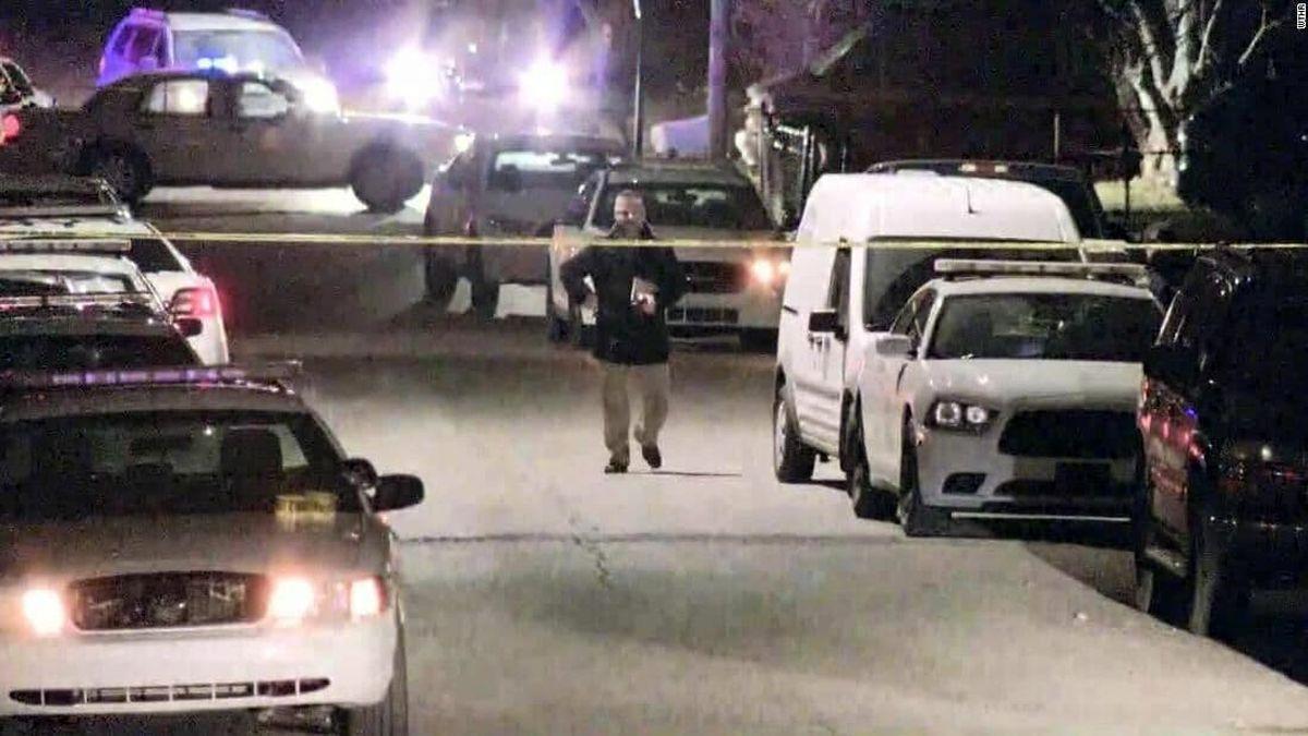 عکس دیده نشده از اولین تیراندازی مرگبار آمریکا در دولت بایدن