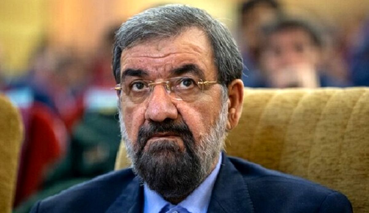 محسن رضایی: دیپلماسی فعلی دولت یک دیپلماسی کاغذی ناکارآمد بوده است/ مسئولین دولت فعلی باید محاکمه شوند