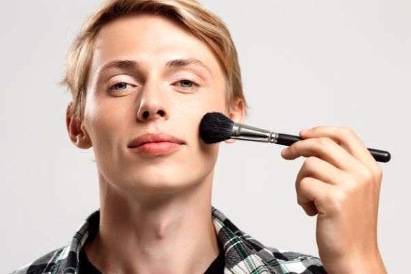 برخورد صحیح با شوهر که رفتارهای زنانه دارد