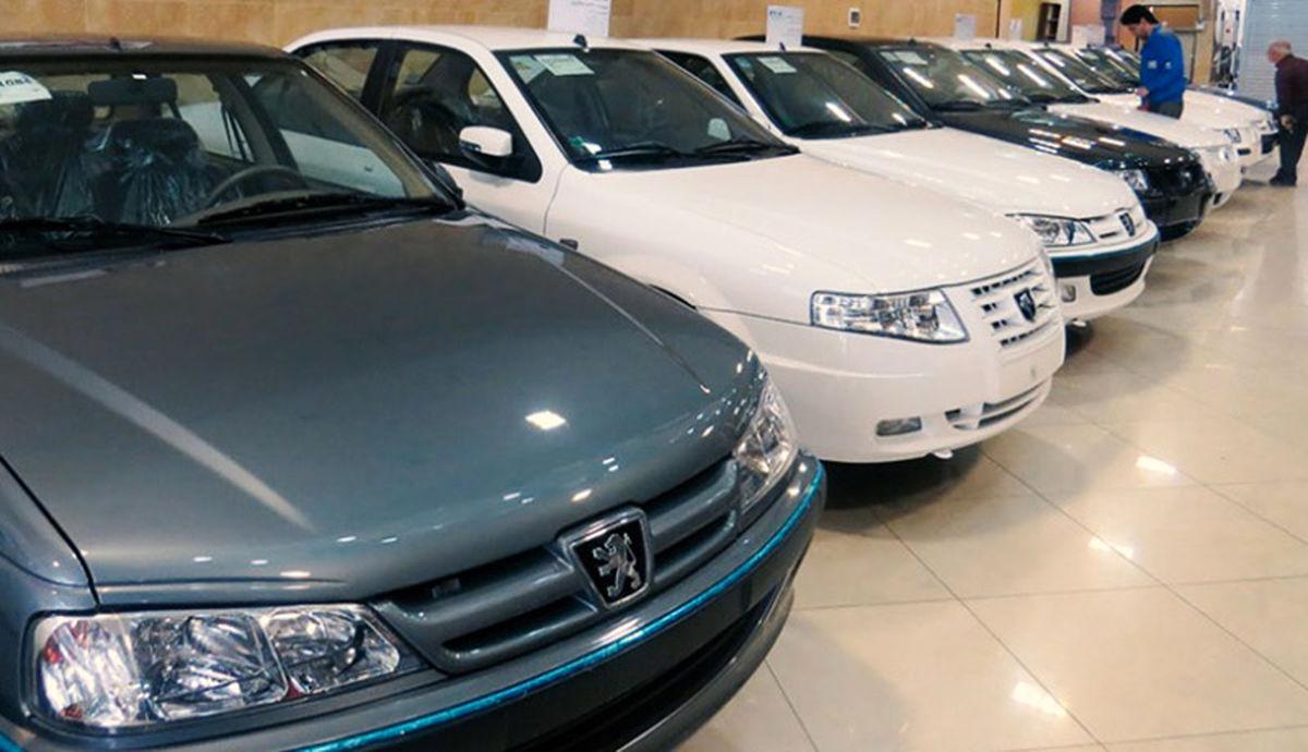 رشد آرام قیمتها در بازار خودرو همپای نرخ ارز