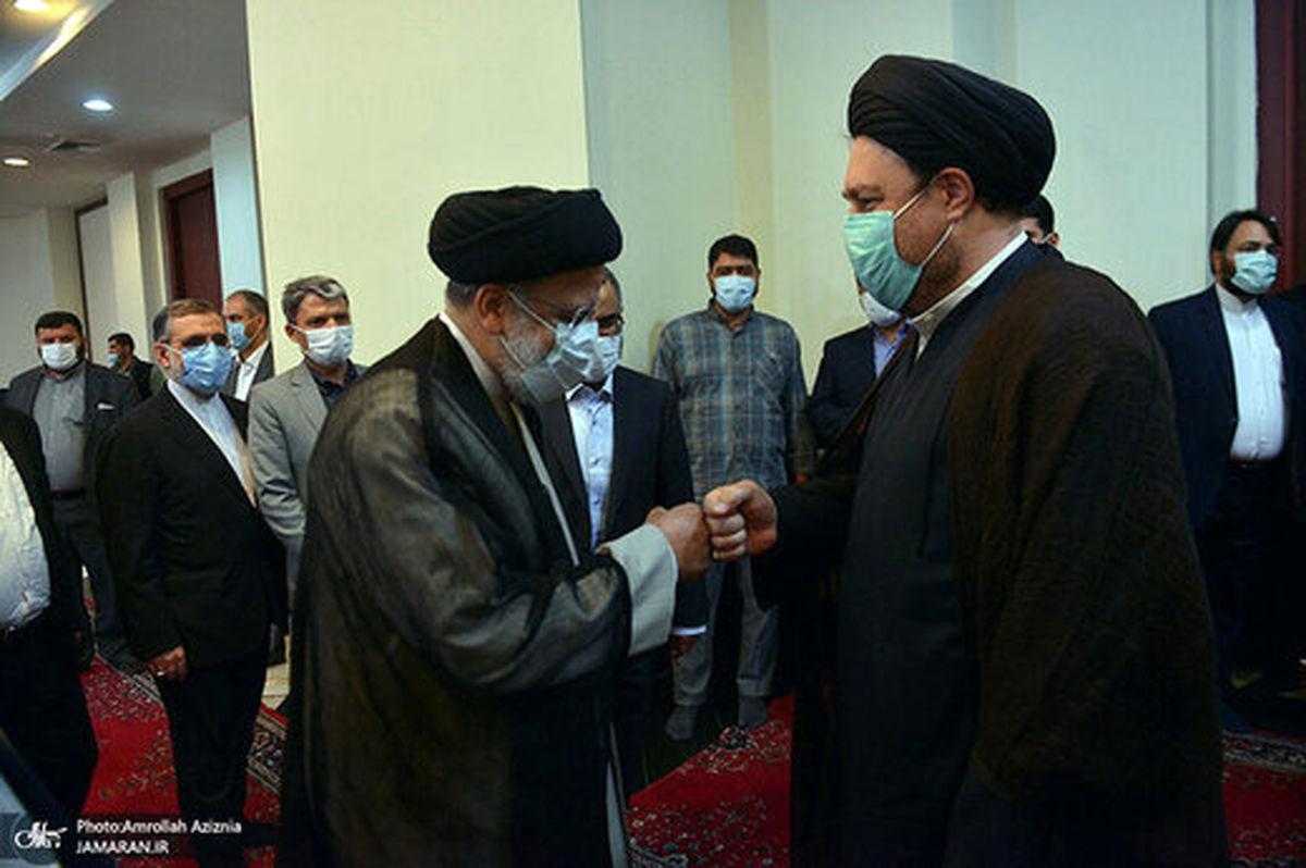 دست دادن رئیسی و سیدحسن خمینی مدل امروزی