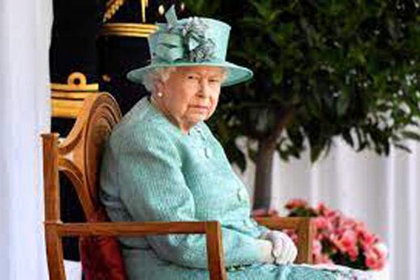 تصاویر جشن تولد ۹۵ سالگی ملکه انگلیس در قلعه