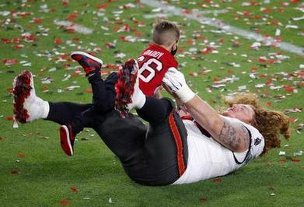 تصاویر زیبا و دیدنی از مسابقه فینال لیگ فوتبال آمریکایی(سوپر بال)