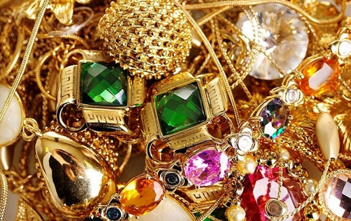 قیمت طلا و قیمت سکه، امروز ۲۹ فروردین ۱۴۰۰ + جدول