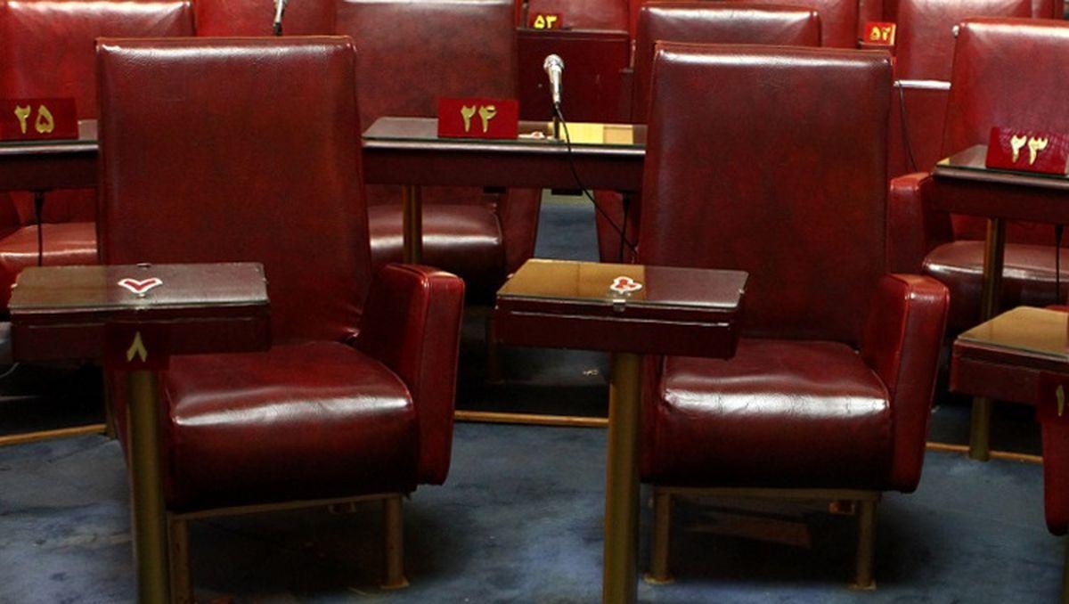رقابت برای ۶ صندلی خالی مجلس خبرگان / چه کسانی بر صندلیهای قرمز مینشینند؟ +جدول