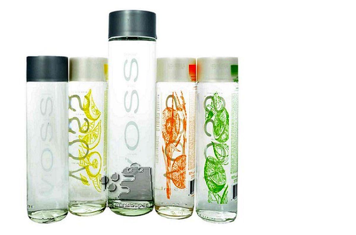 آب معدنی لاکچری در بازار / هر بطری ۱۰۰ تا ۵۰۰ هزار تومان!