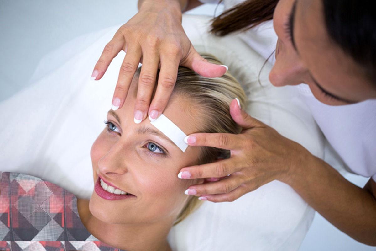 علت رشد موهای زائد و پرمویی در زنان + راه های درمان سریع موهای زائد