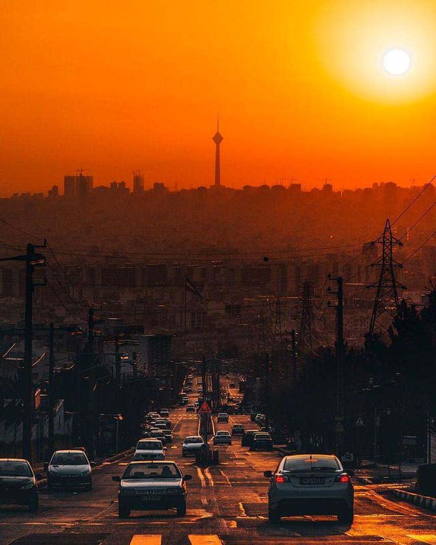زیباترین تصویر از لحظه غروب آفتاب در تهران