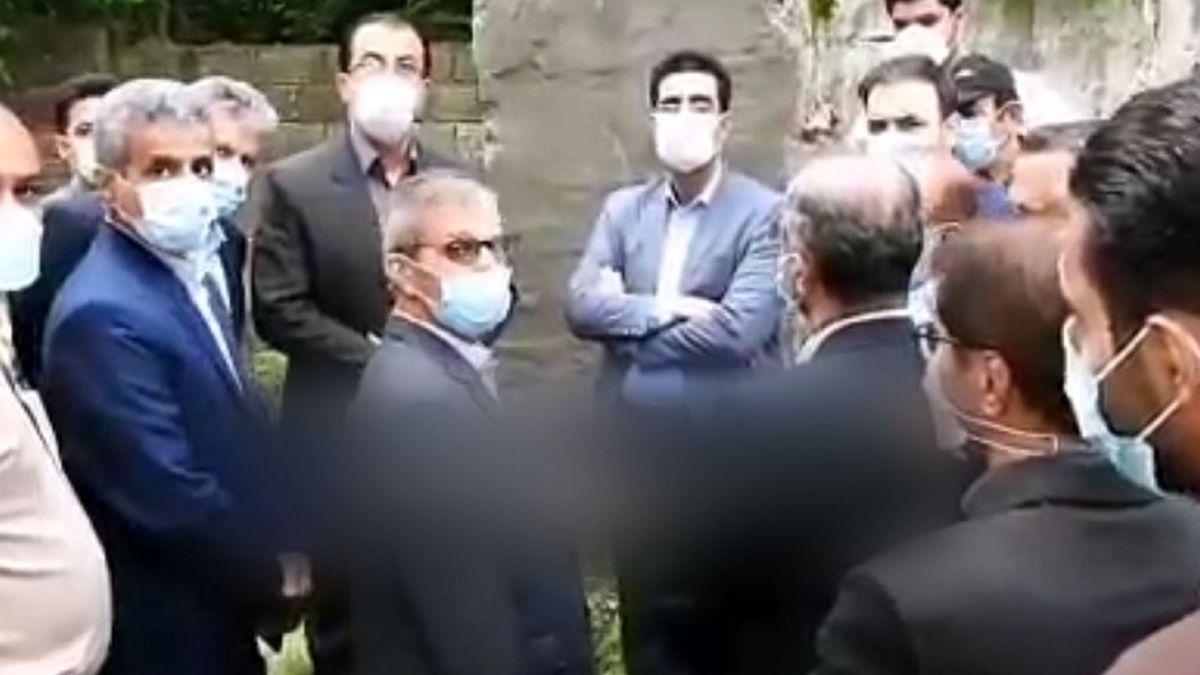 حمله به دوربین خبرنگار با دستور فرماندار لاهیجان! + فیلم