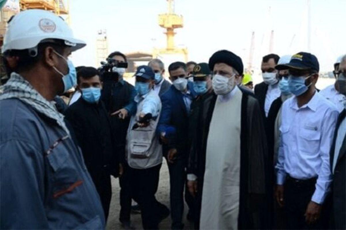 دیدار رئیسی از صنایع دریایی صدرا در بوشهر