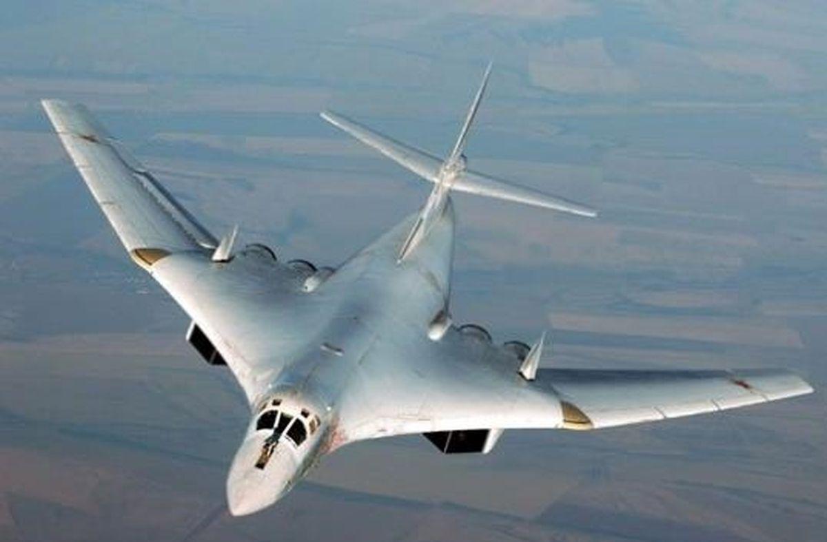 بمب افکنهای غولپیکر روسیه بر فراز قطب شمال+فیلم