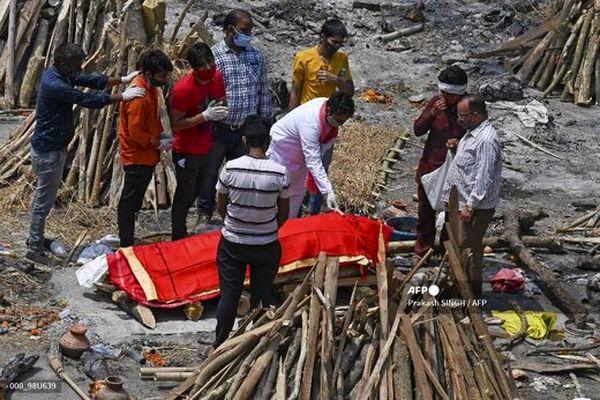گزارش نیویورک تایمز از فاجعه کرونا در هند