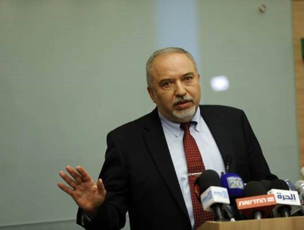 جلسه استعفا وزیر جنگ کفتارها / تصاویر
