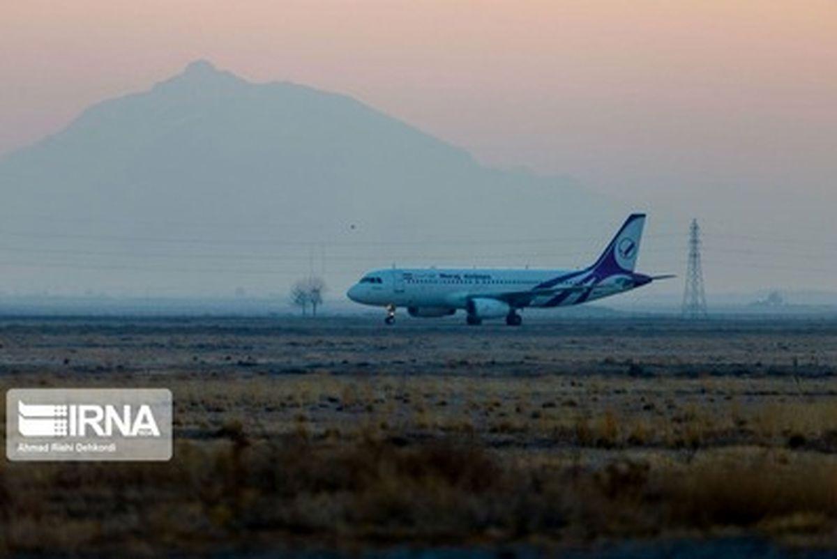تصاویر دیده نشده از ورود قالیباف به فرودگاه شهرکرد
