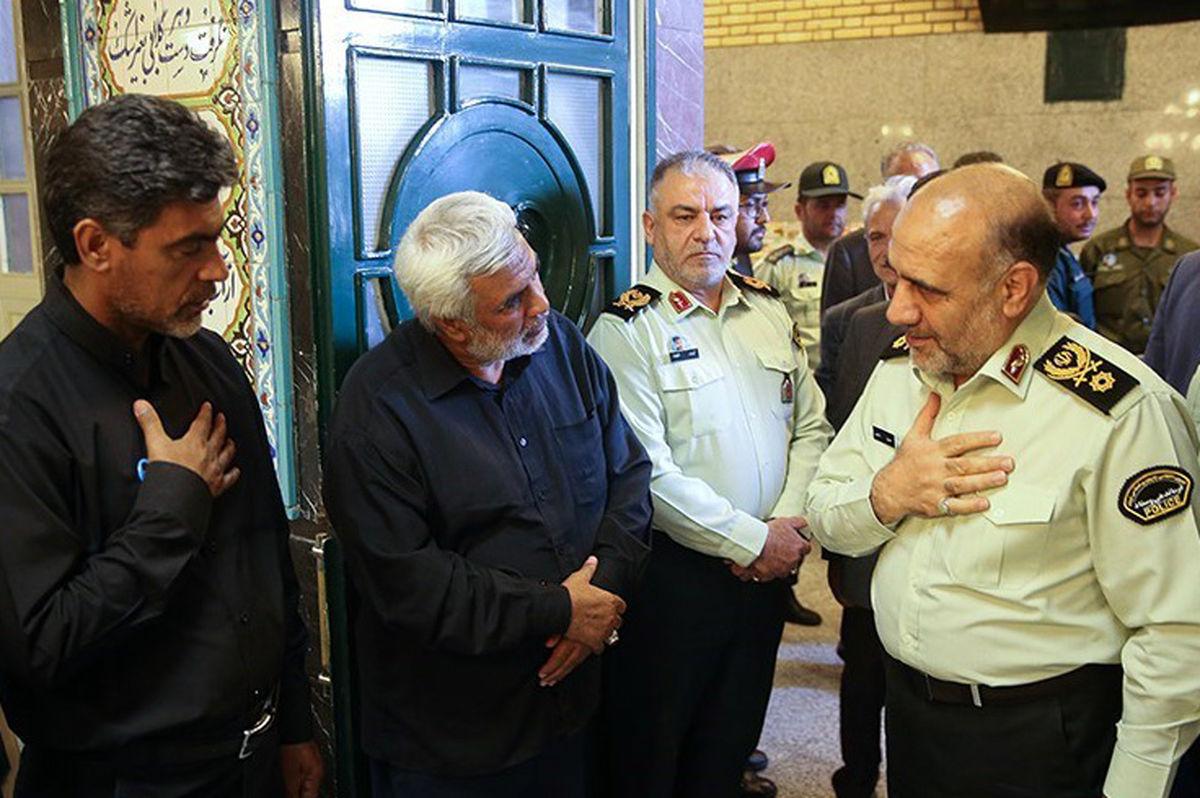 سردار در بزرگداشت شهید مدافع وطن + عکس