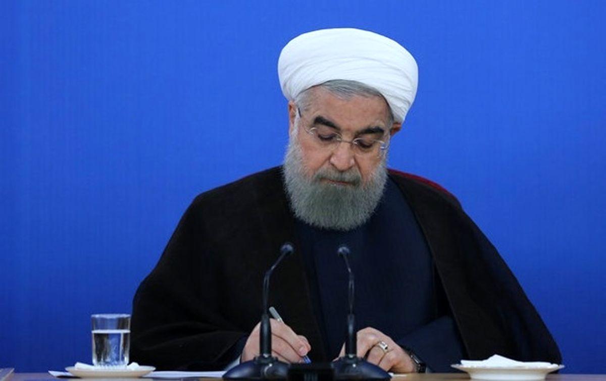 روحانی مسئول اجرای قانون اقدام راهبردی برای لغو تحریم ها شد