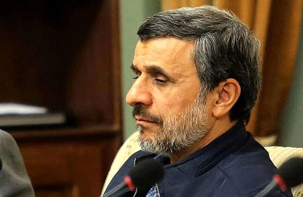 احمدی نژاد به تحلیف هم نیامد
