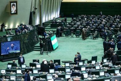 تصاویر دومین روز بررسی کابینه در مجلس