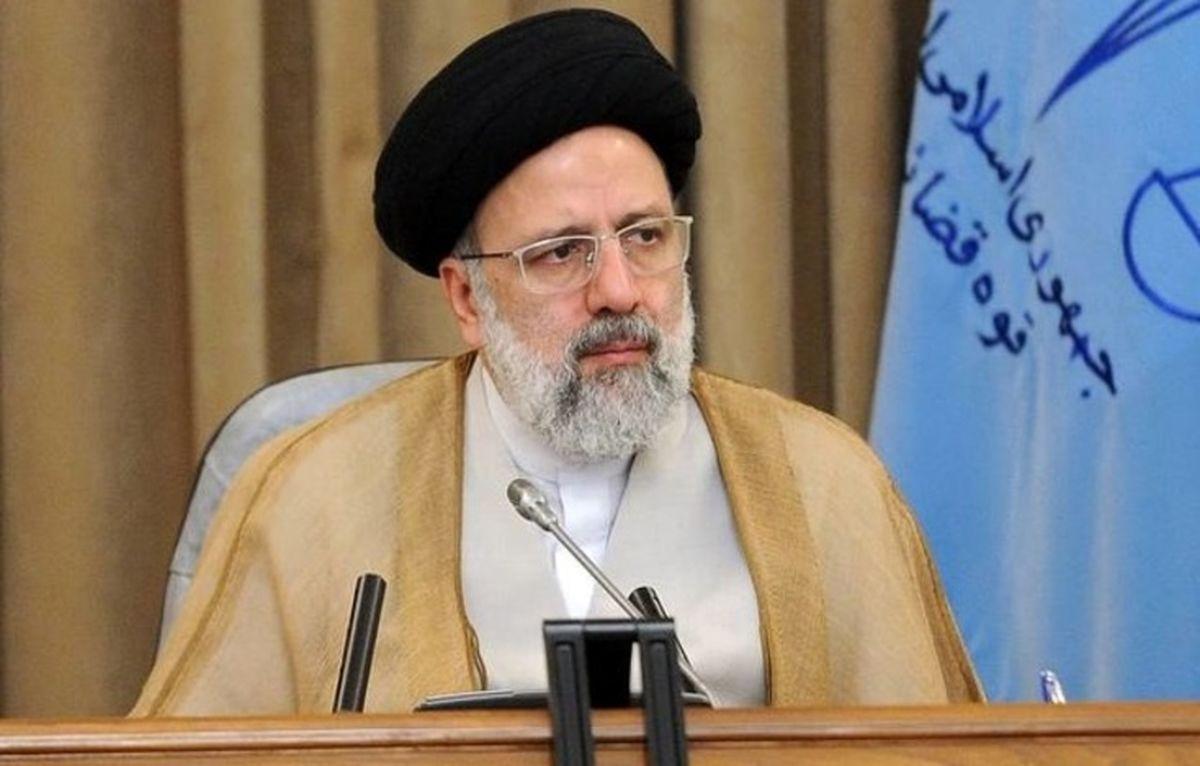 وعده رئیسی به خانوادههای جانباختگان حادثه سقوط هواپیمای تهران-یاسوج