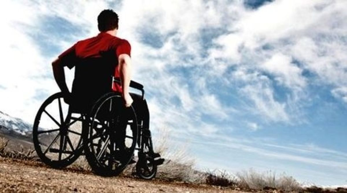 زیادهروی در تکرار معیارهای زیستی معلولیت موجب طرد معلولان از زیست انسانی میشود/ چرا معلولان حق سهمخواهی و سهمداری در فضای عمومی اجتماع را ندارند؟