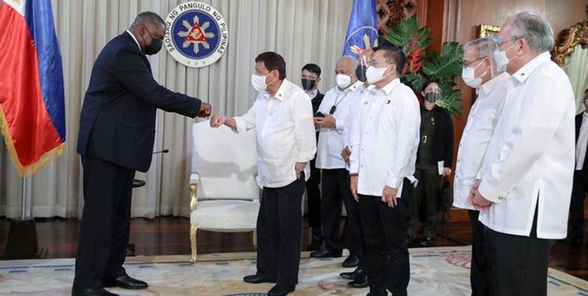 رئیسجمهور فیلیپین معاهده نظامی با آمریکا را احیا کرد