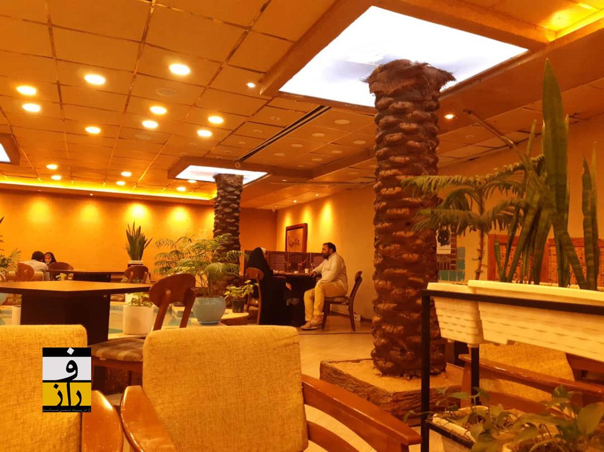 در کافه بچه حزب اللهیها چه میگذرد؟