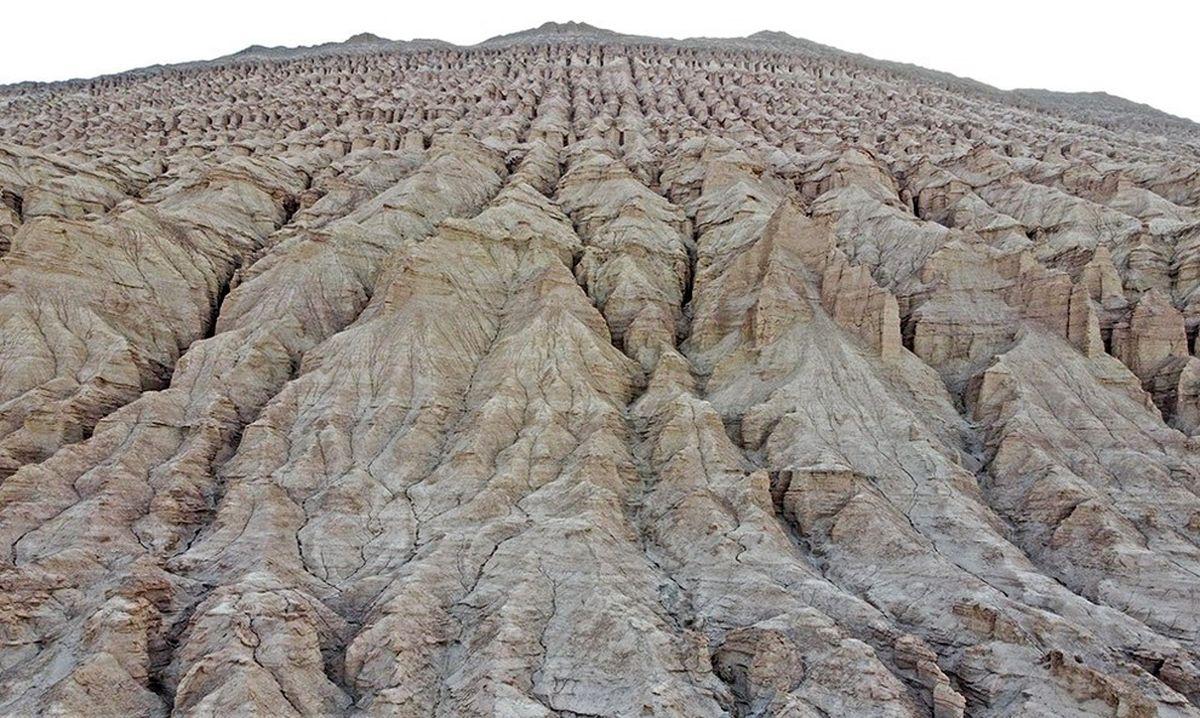 تصاویر خیره کننده از کوههای ارهای جهر