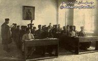 عکسی تاریخی از معلمین و محصلین مدرسه دارالفنون