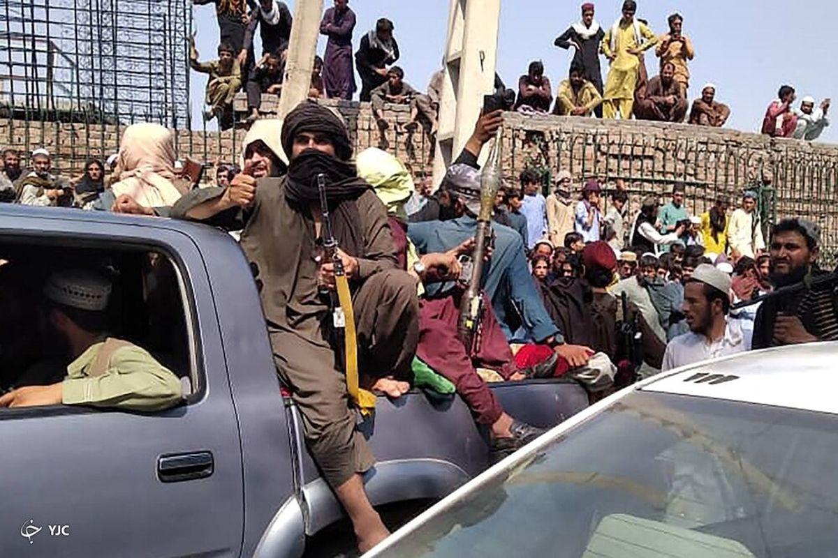 طالبان برای دره پنجشیر شمشیر را از رو بست