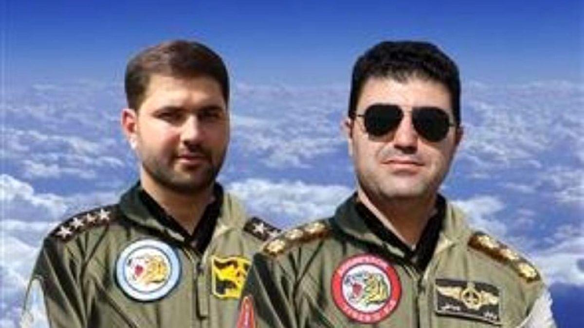 تصویر دو خلبان شهید امروز نیروی هوایی در پایگاه شکاری دزفول