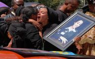تشییع جنازه قربانیان سقوط هواپیما در اتیوپی / تصاویر