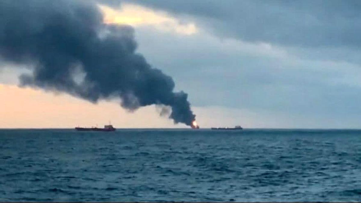 یک فروند کشتی عراقی آتش گرفت + جزئیات