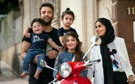 تشویق همسر بنیامین بهادری به راه پیمایی در ایران! | عکس شایلی محمودی در آمریکا