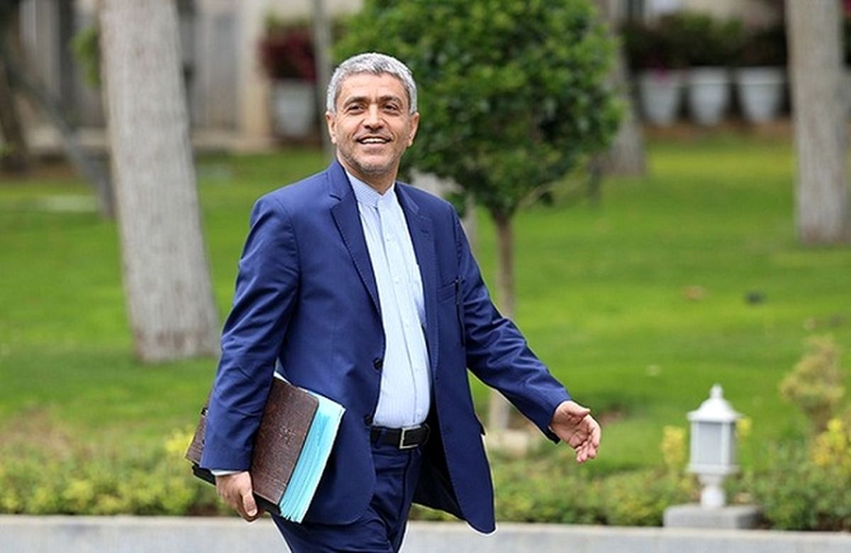 علی طیب نیا در یک قدمی ریاست بانک مرکزی