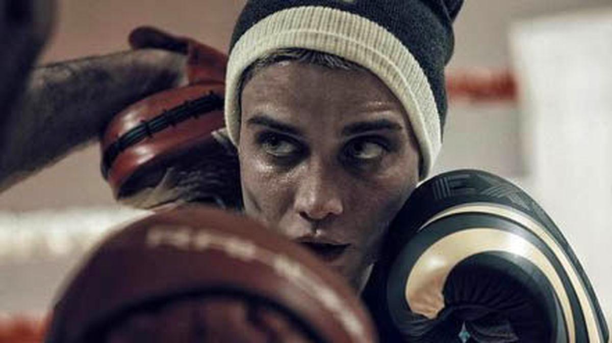 تصویر بازیگر زن ایرانی که بوکسور حرفهایی شد